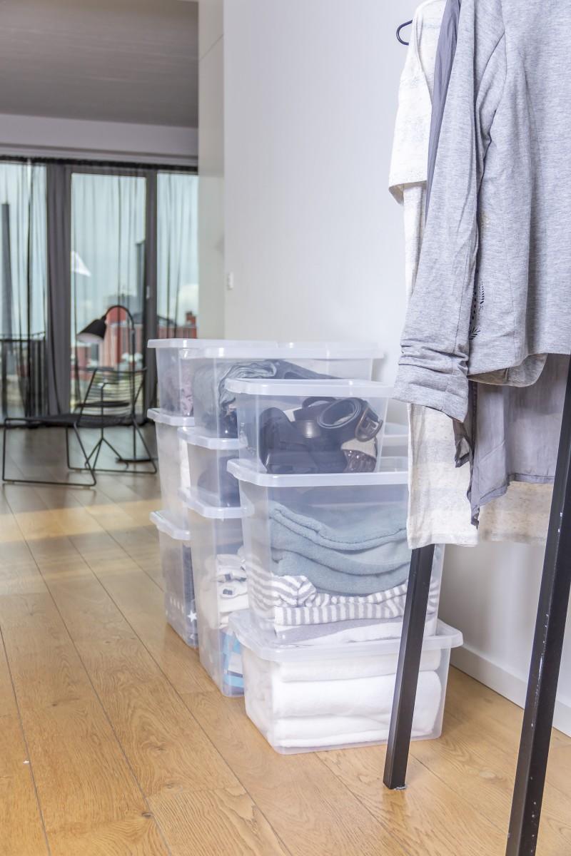 Cutii depozitare Basic Box pentru haine